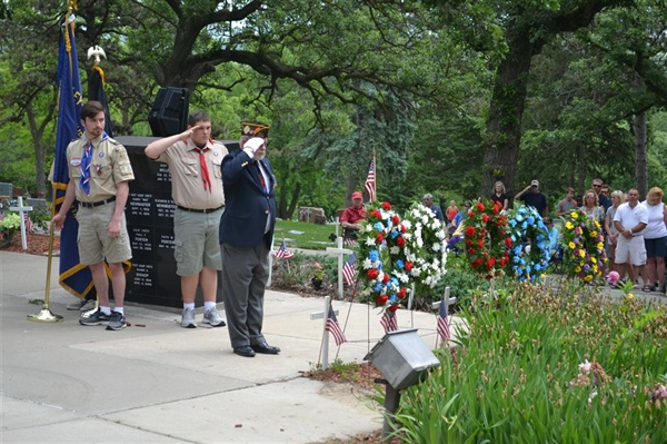 Bellevue's Memorial Day Ceremony Offers Moving Tribute To Those That Gave All!