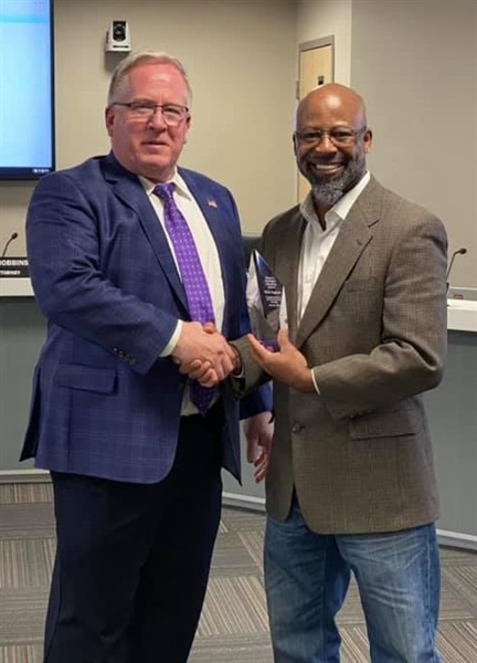 Mayor's Spotlight Light Life Savings Award Presented to Bellevue Resident Terry Ingram