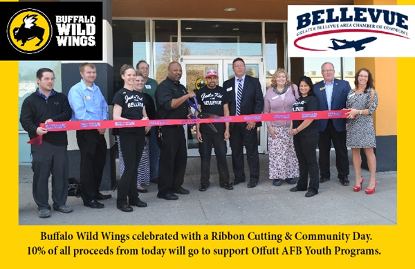 City of Bellevue Joins the Bellevue Chamber of Commerce for Community Day at Buffalo Wild Wings!