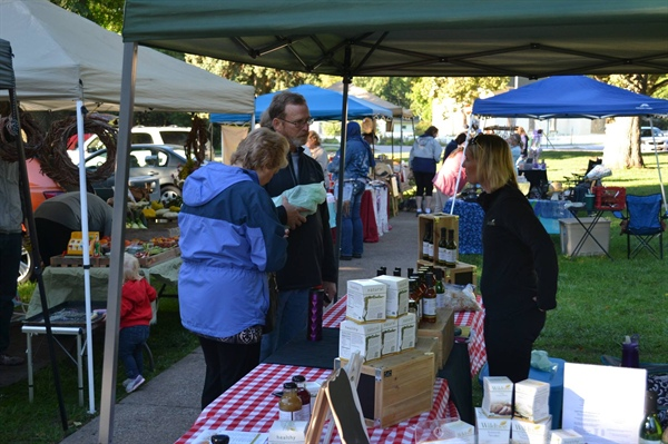 Bellevue's Farmer's Market Kicks Off 2016 Season with Community Celebration on Saturday, May 14th at Washington Park